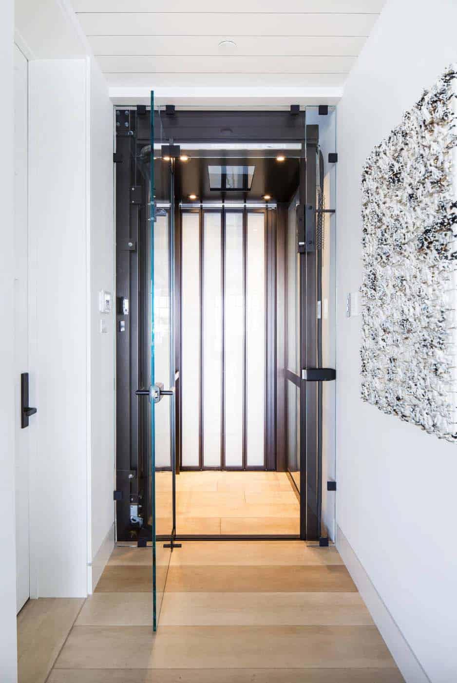 modern-beach-house-beach-style-elevator