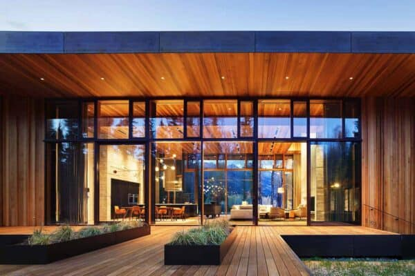 featured posts image for Striking home with walls of glass showcases views of the Teton Mountains