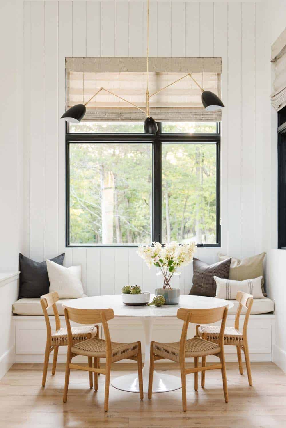 modern-farmhouse-kitchen-breakfast-nook