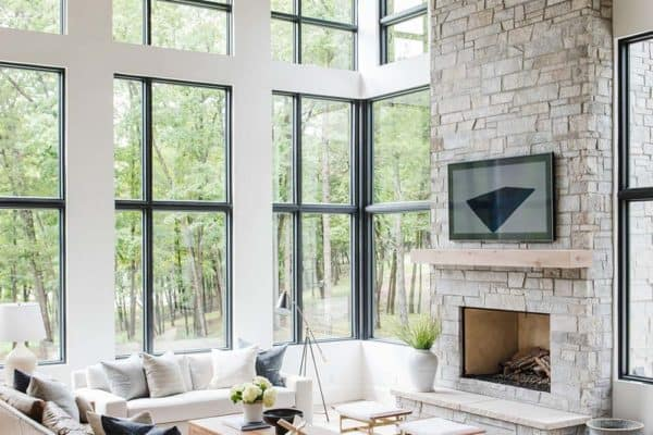 featured posts image for House Envy: Modern lake house in the Midwest with stunning details