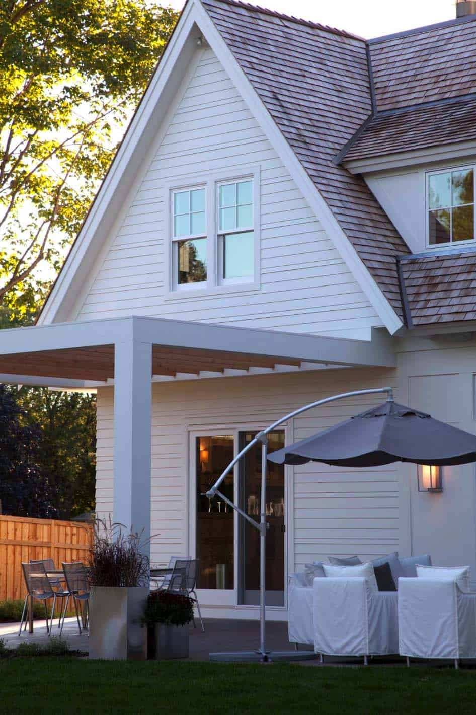 modern-shingle-style-home-patio