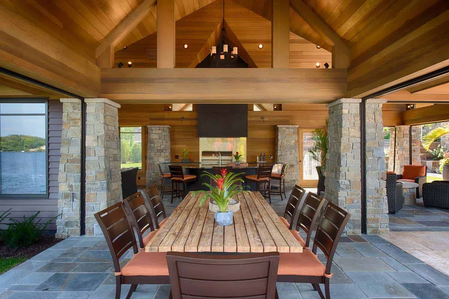 modern-poolhouse-dining-room
