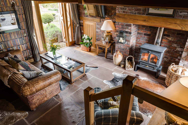 romantic-countryside-retreat-living-room