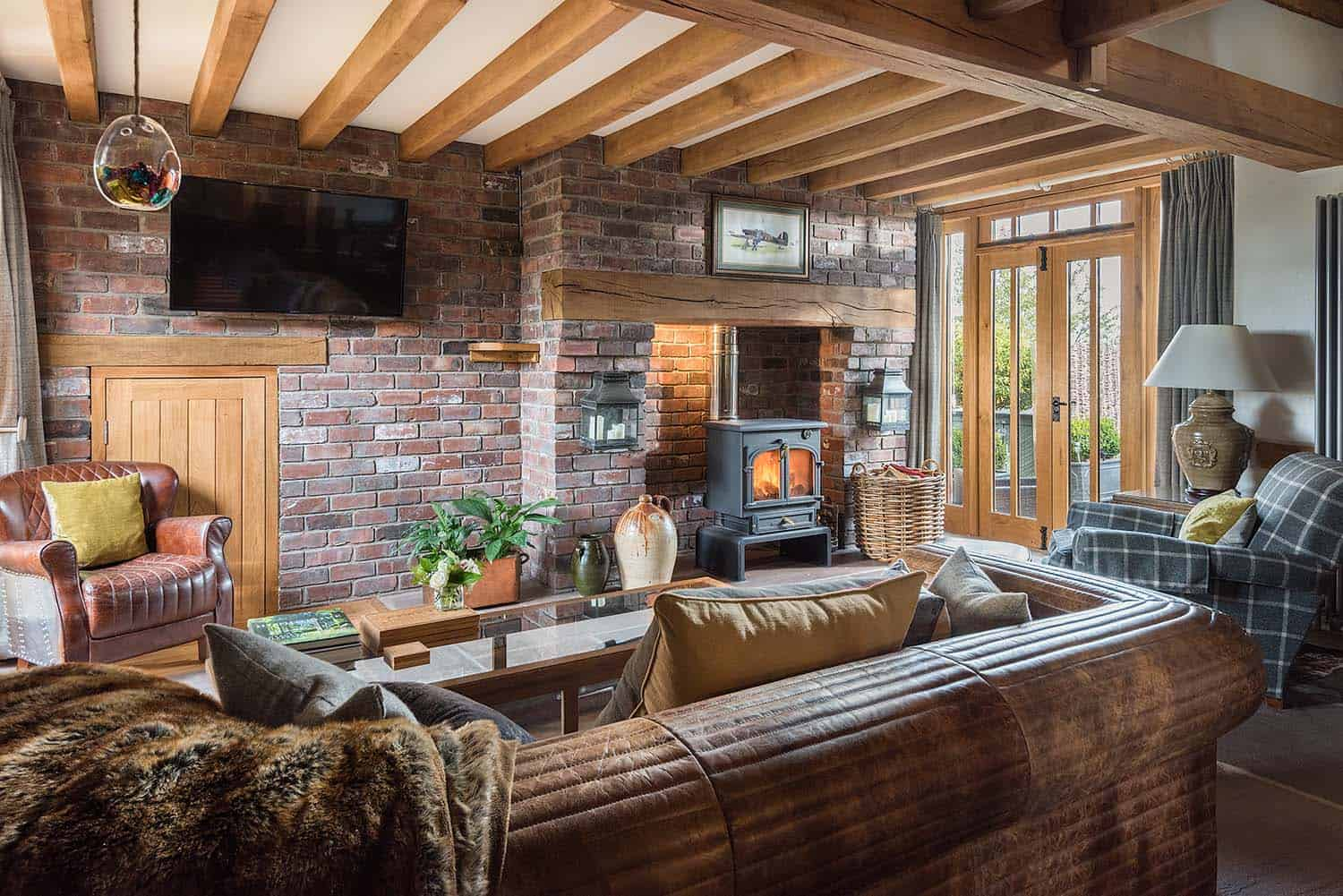cozy-retreat-herefordshire-living-room