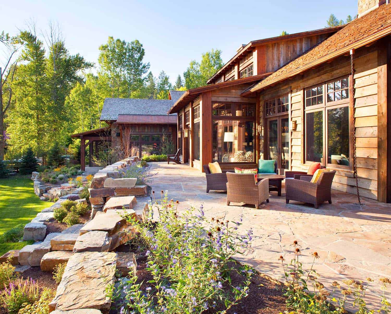 rustic-contemporary-waterside-retreat-exterior