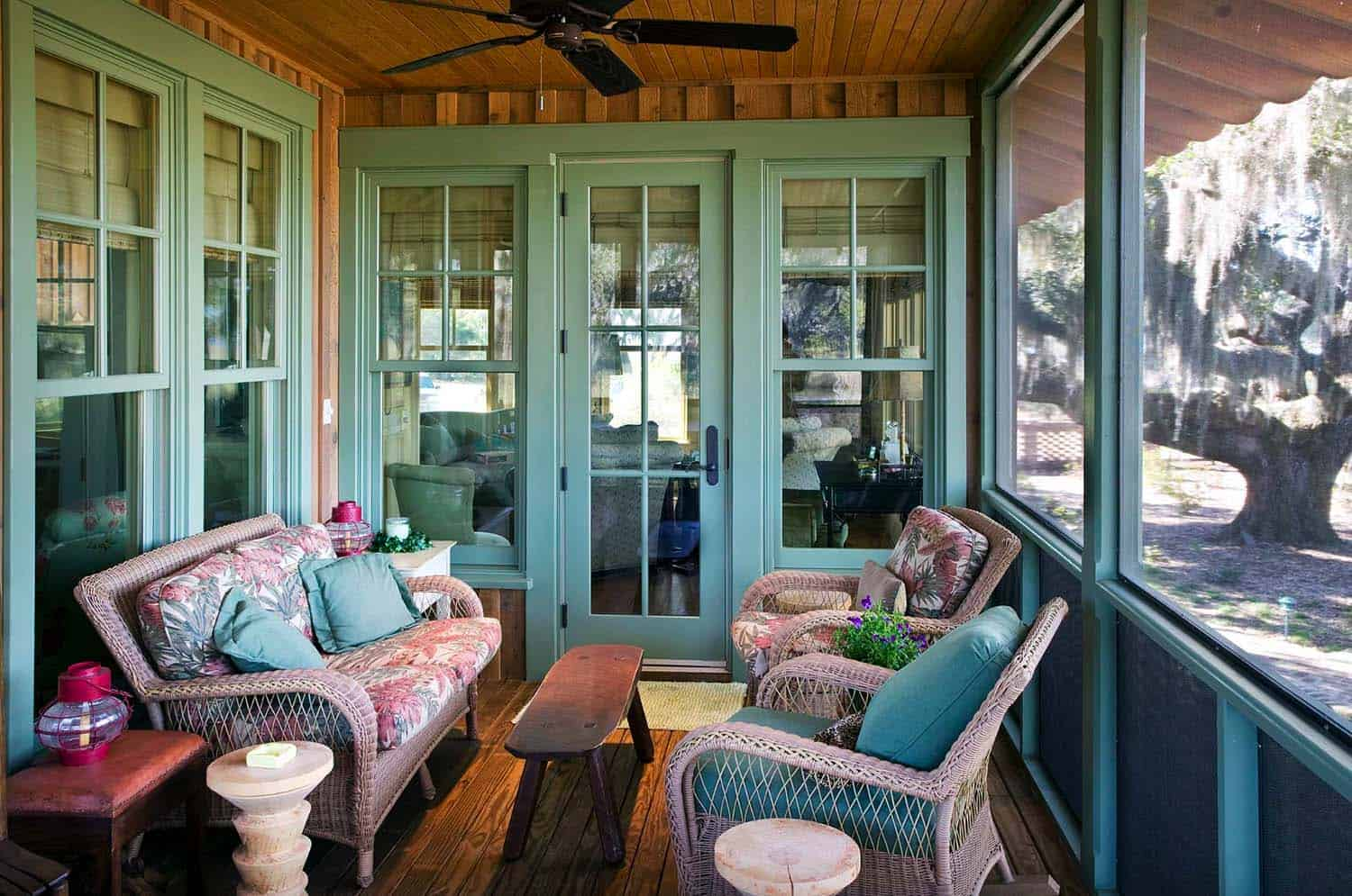 cottage-rustic-porch