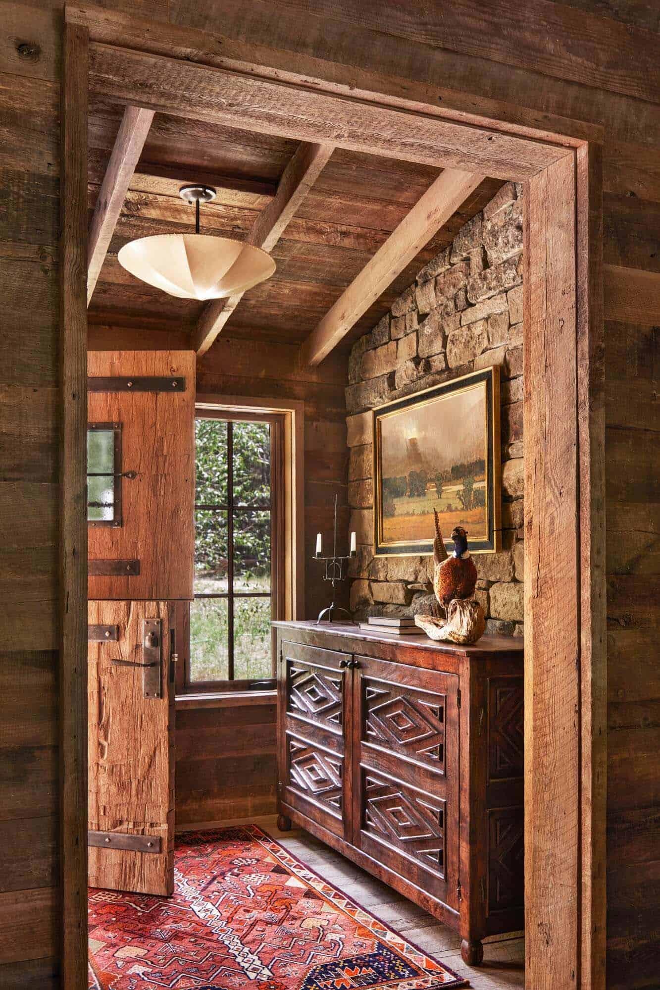 rustic-ranch-entry