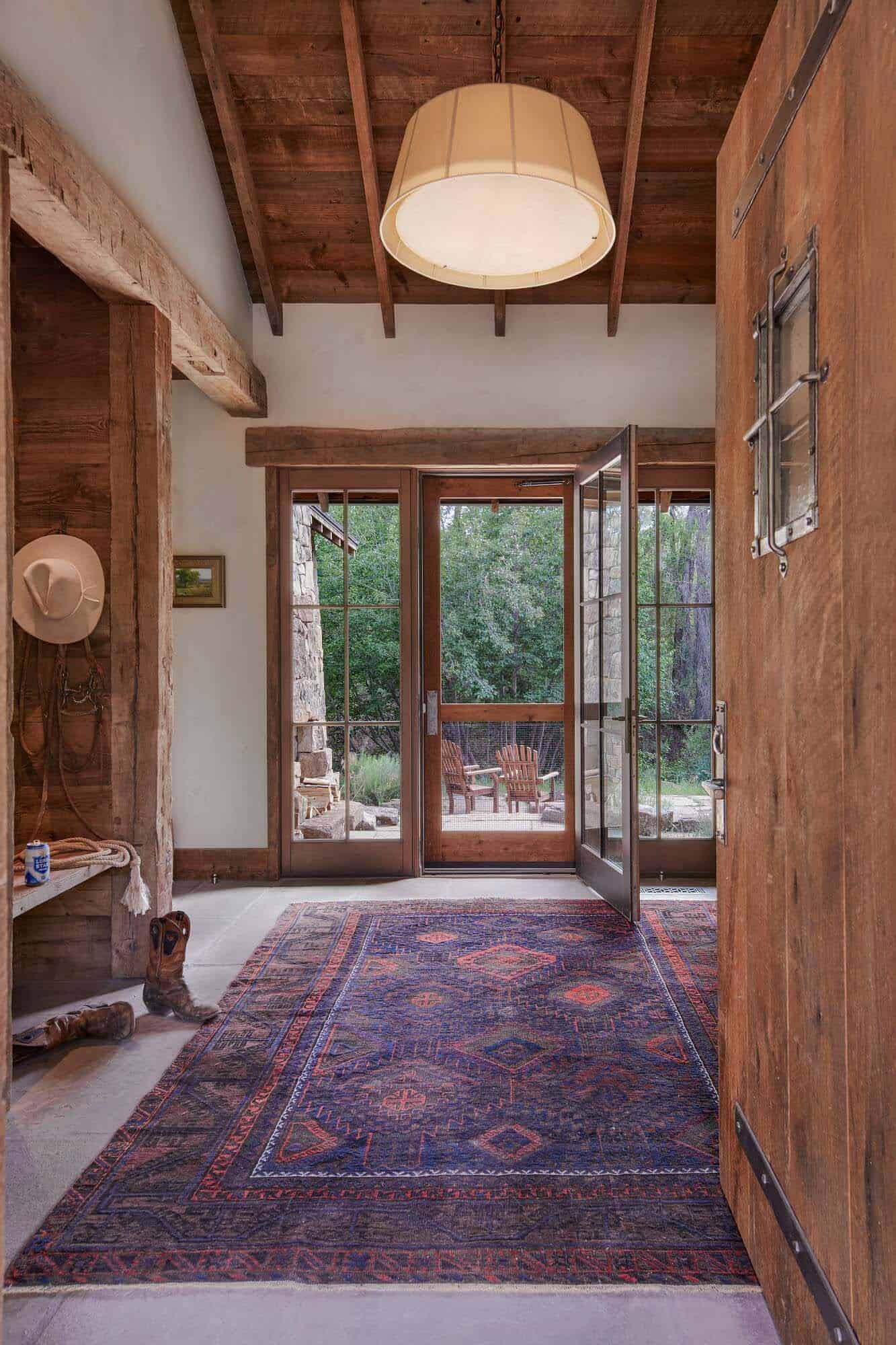 utah-rustic-ranch-entry