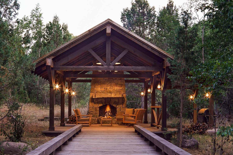 utah-rustic-ranch-covered-patio