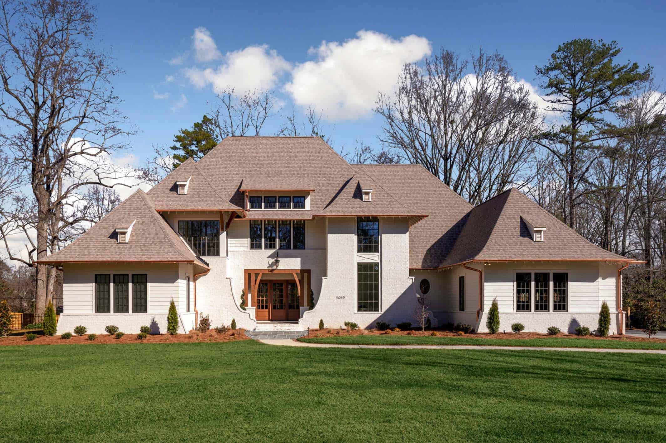exceptional-home-traditional-exterior