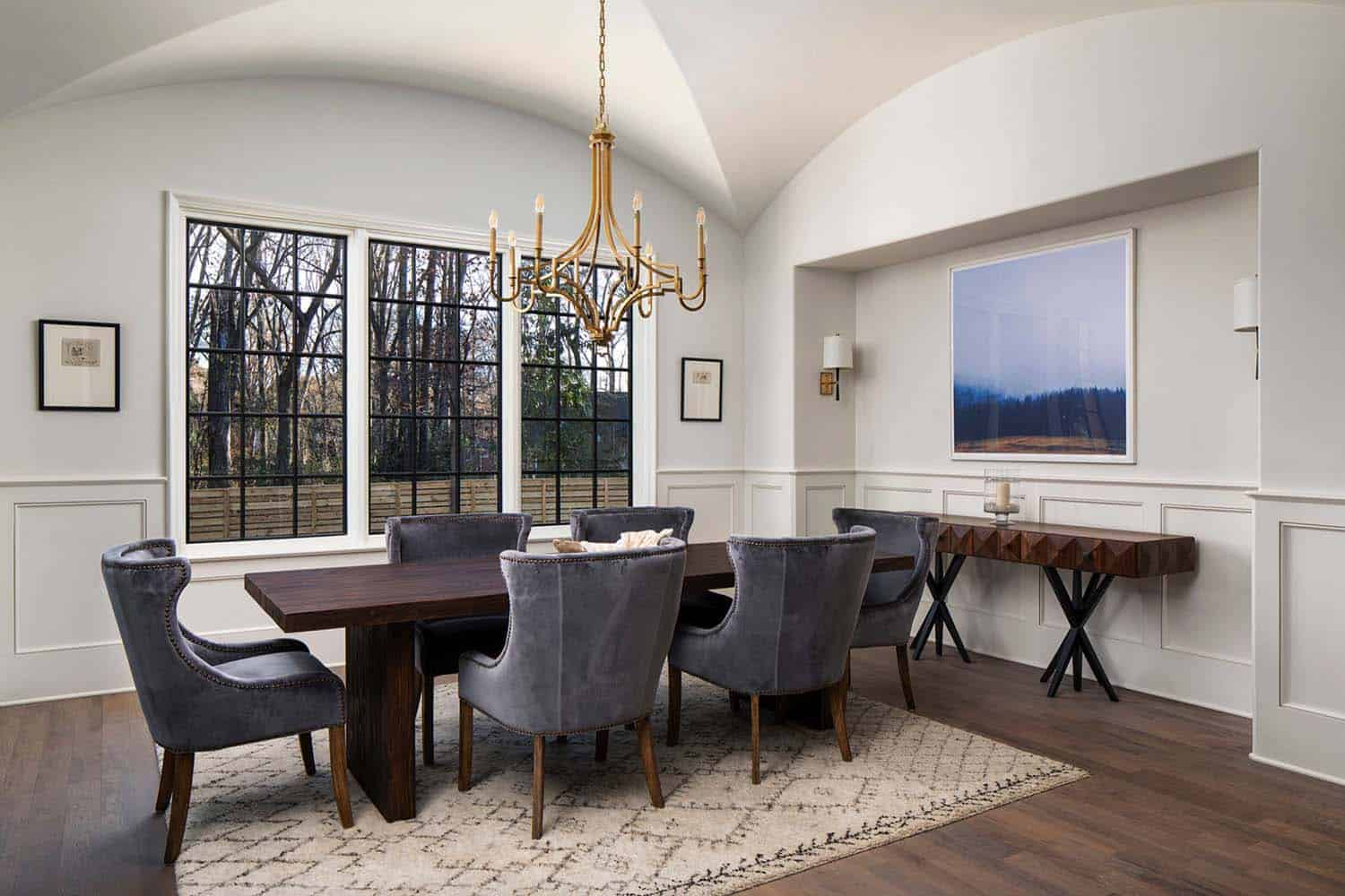 exceptional-home-transitional-dining-room