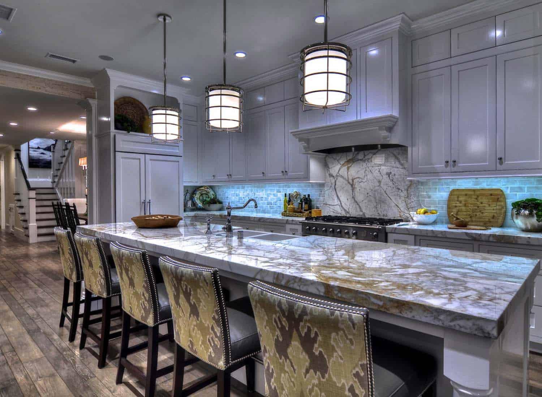 california-coastal-home-traditional-kitchen