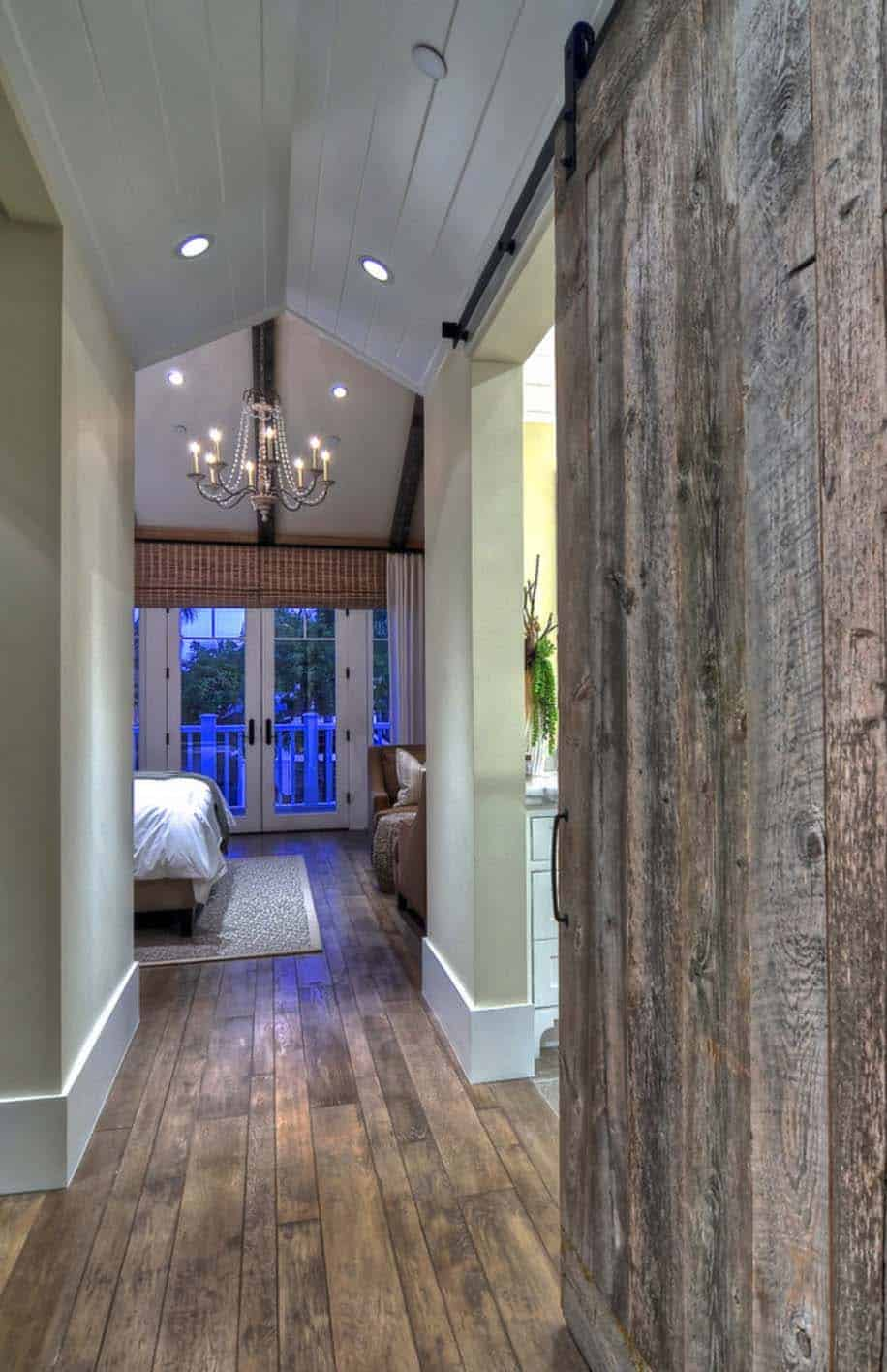 traditional-hallway-sliding-barn-door