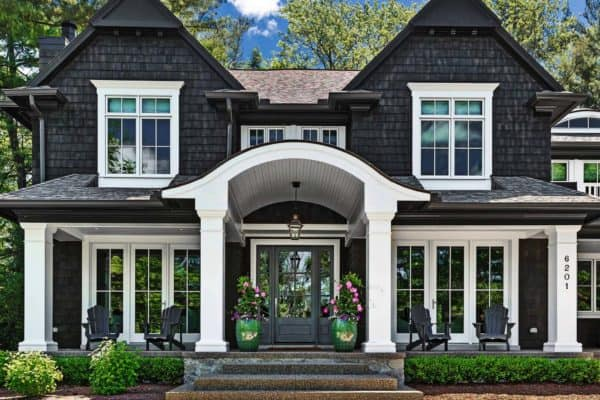 featured posts image for Beautiful cedar shake lake house with timeless appeal in Michigan
