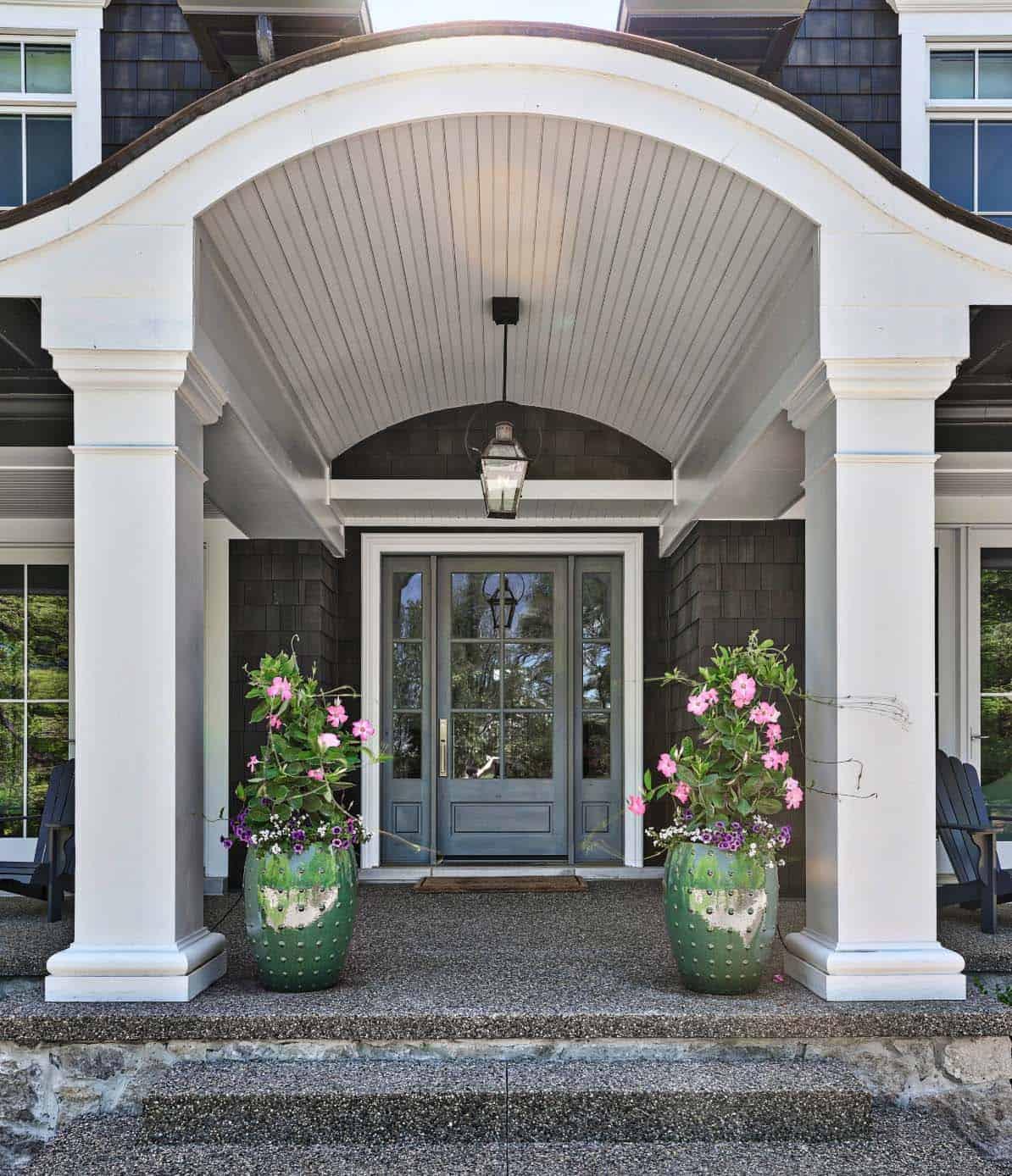 farmhouse-style-entry-beach-style-exterior
