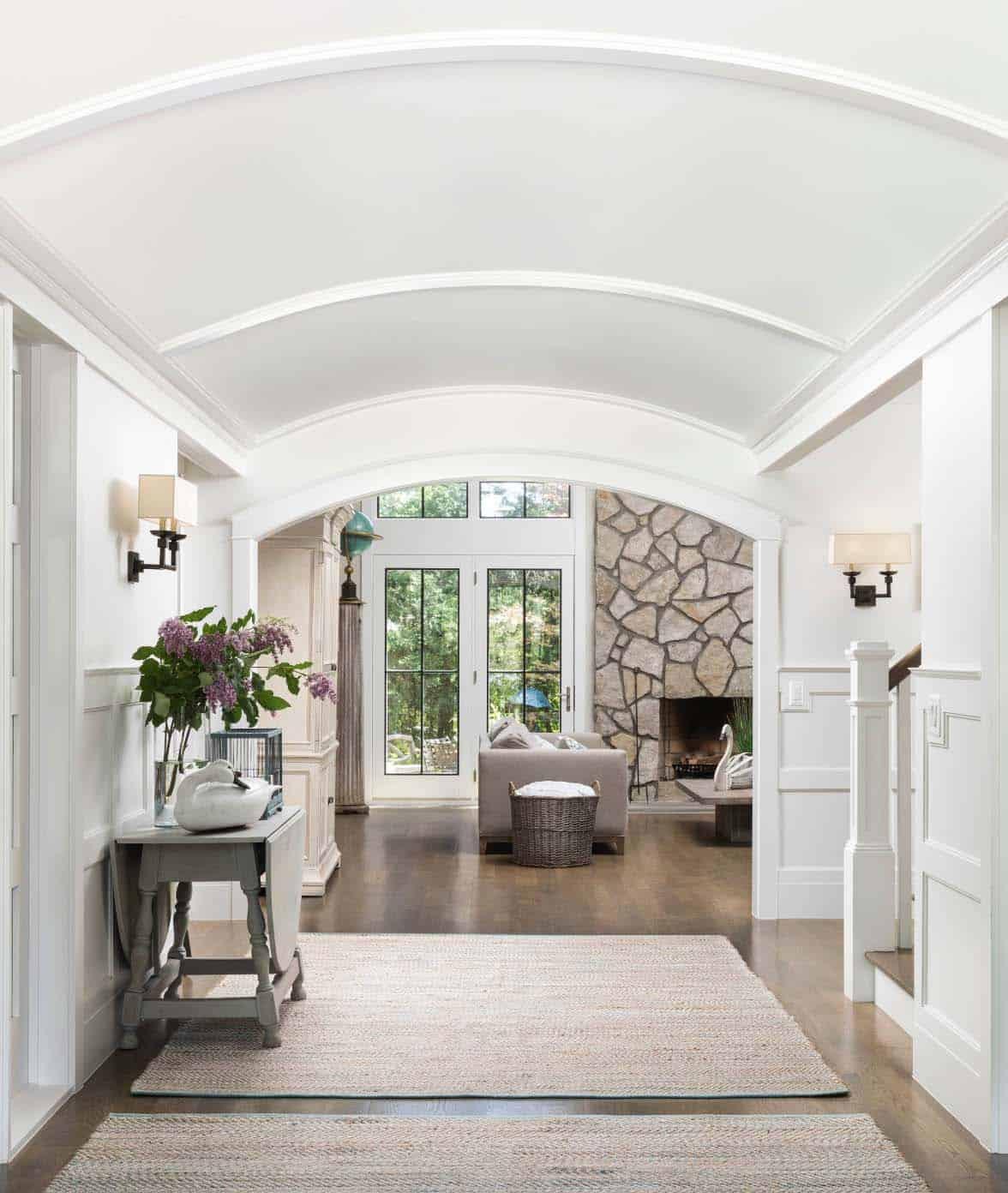 white-paneled-foyer-beach-style-entry