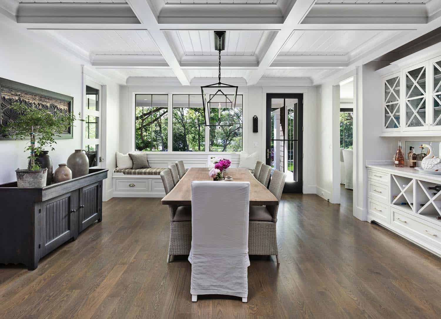 formal-dining-room-beach-style-dining-room