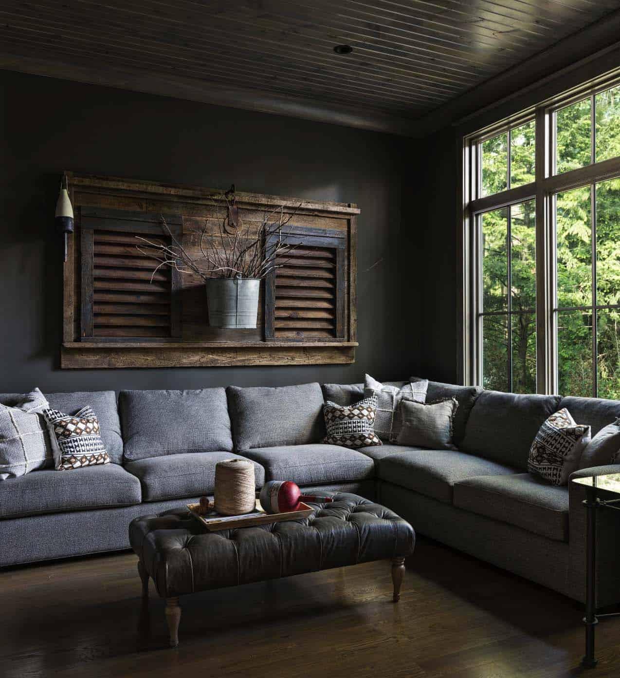 cozy-tv-room-beach-style
