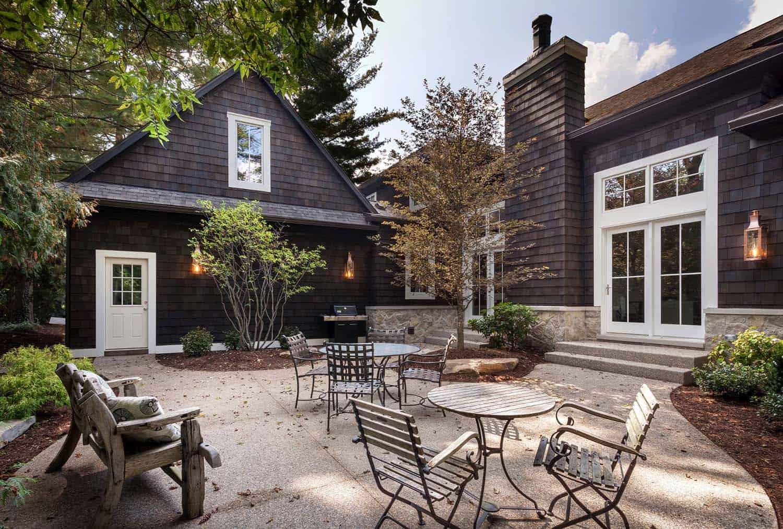 cedar-shaker-custom-home-farmhouse-exterior