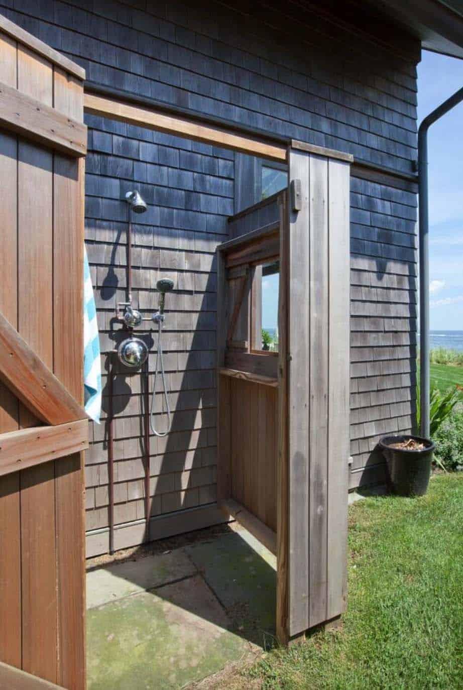 beach-house-outdoor-shower