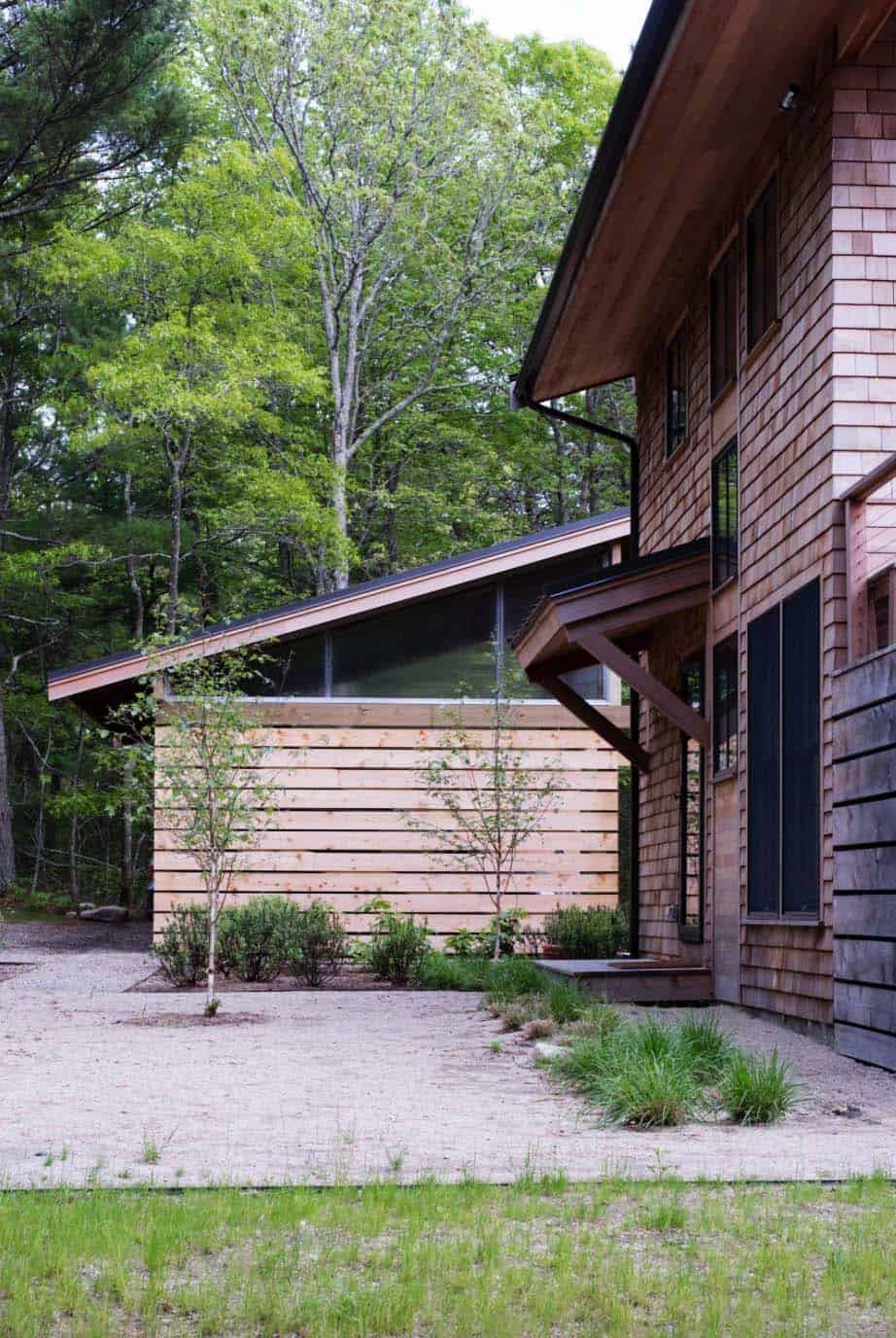 cottage-renovation-transitional-exterior