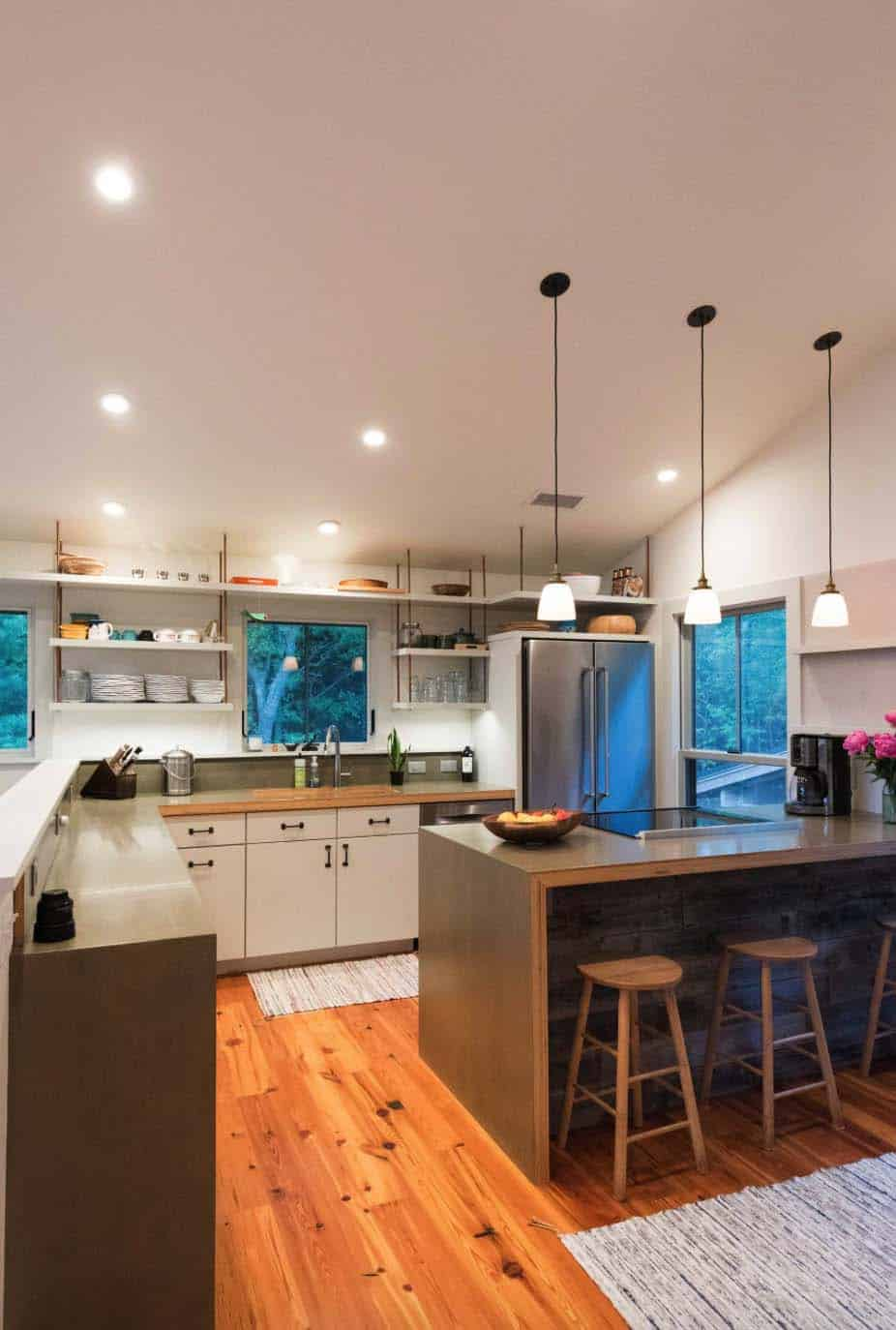cottage-renovation-transitional-kitchen