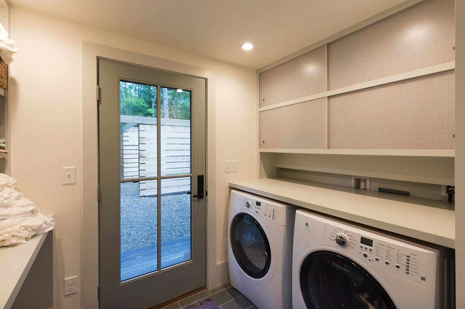 cottage-renovation-transitional-laundry-room