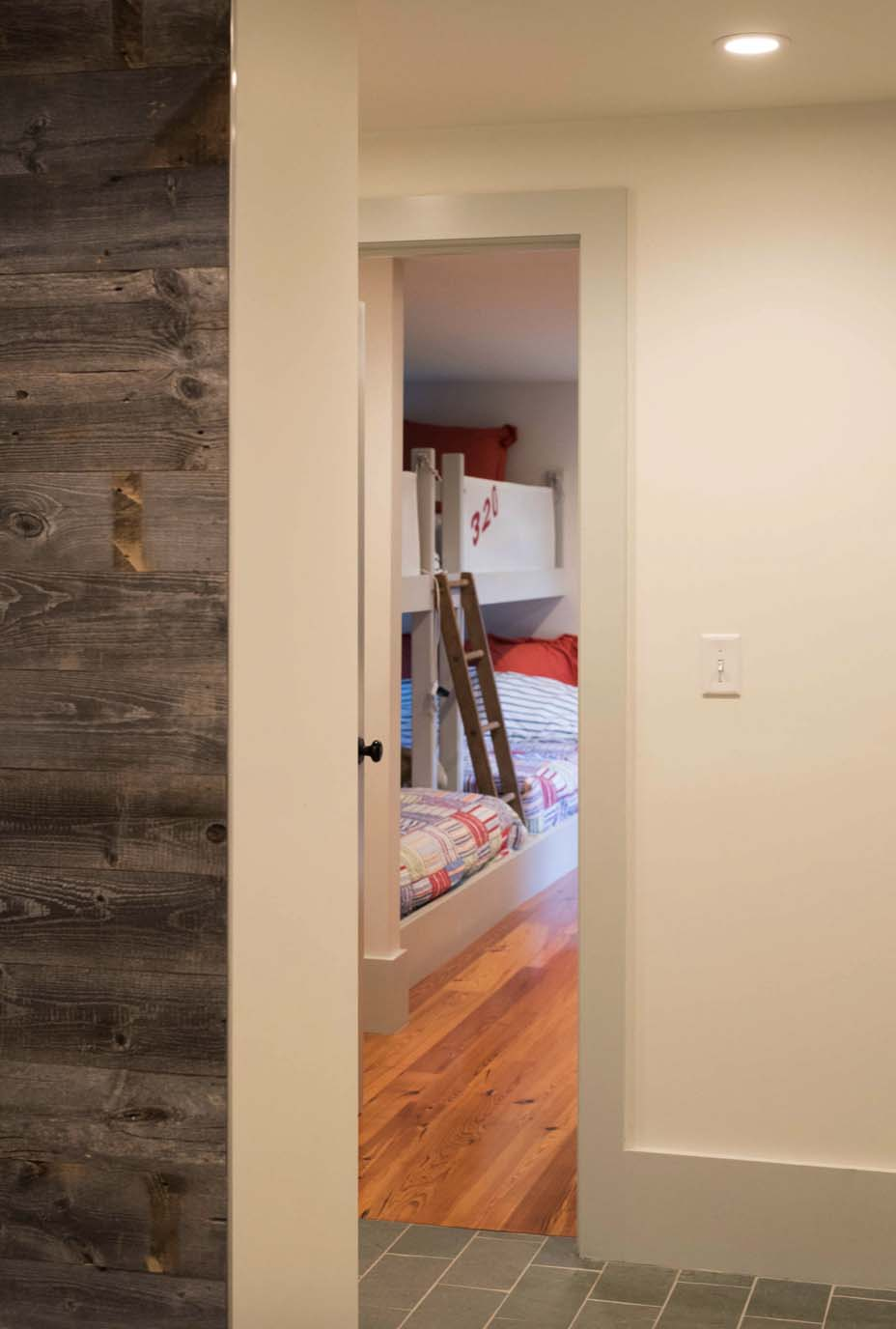 cottage-renovation-transitional-entry