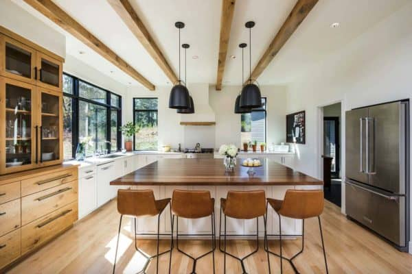 featured posts image for Light-filled home designed to feel like a retreat in the Willamette Valley