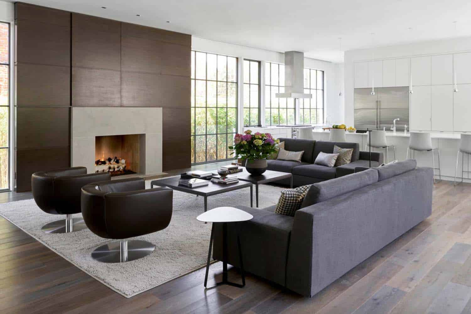 contemporary-residence-family-room