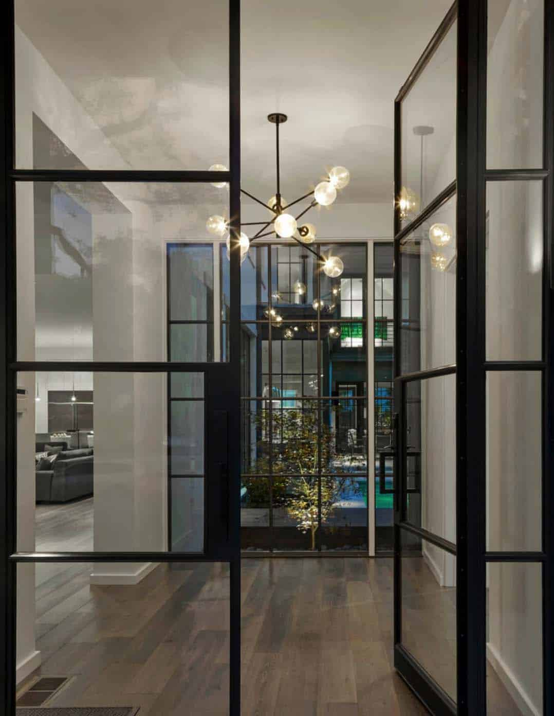 contemporary-residence-entry