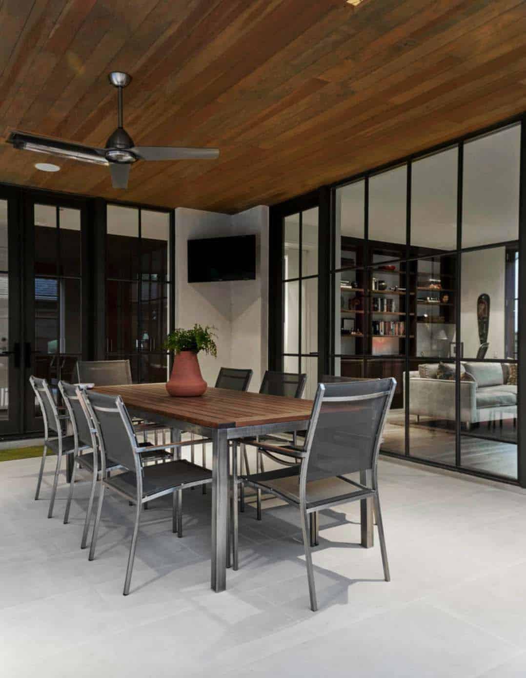 contemporary-residence-patio