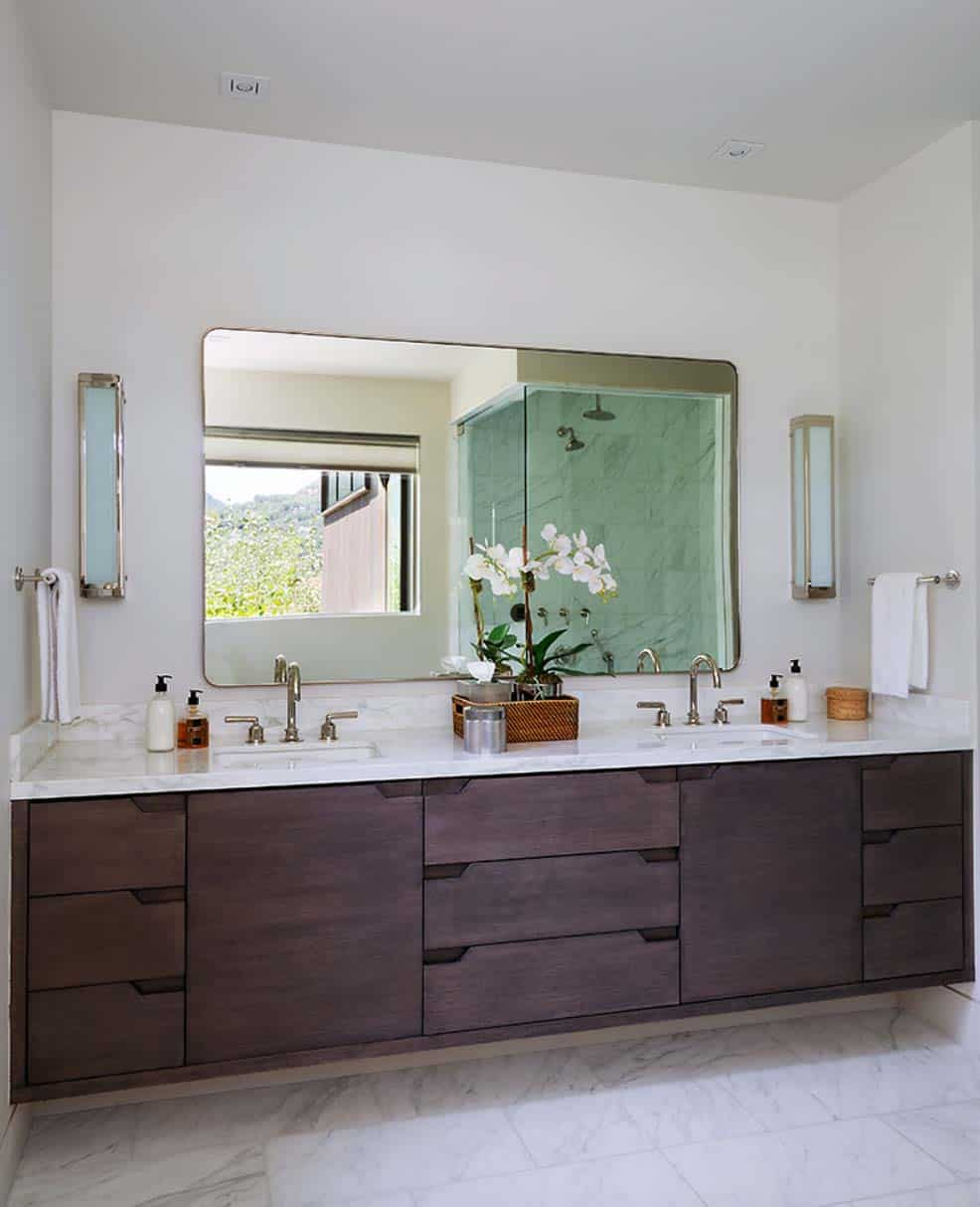 contemporary-master-bathroom