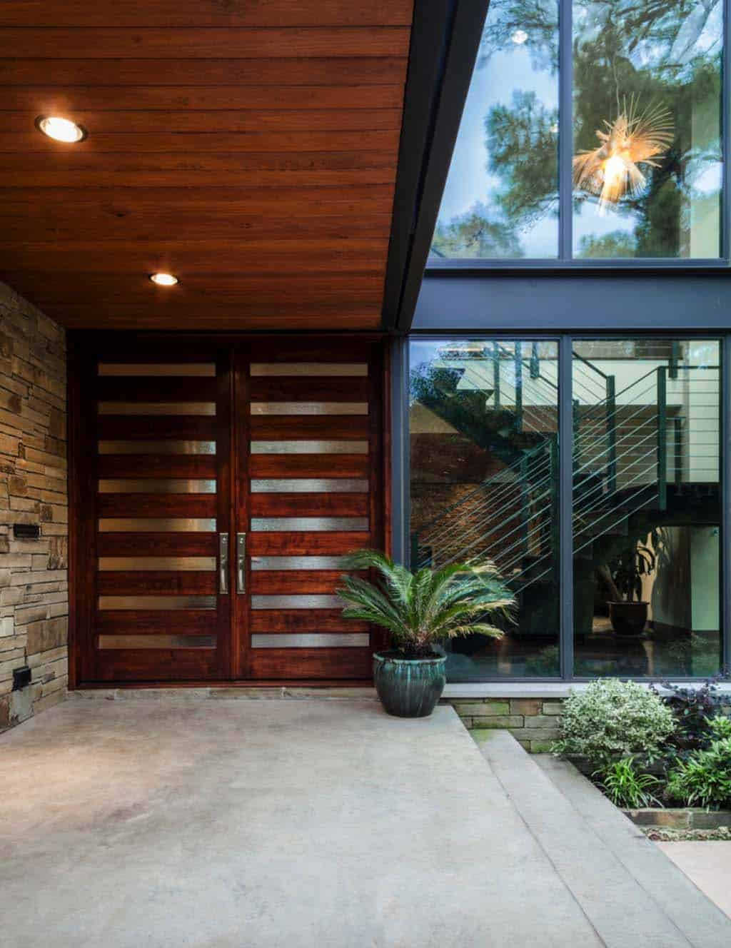 contemporary-home-entry