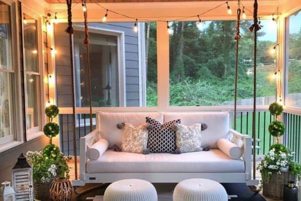 featured posts image for 30 Gorgeous And Inviting Farmhouse Style Porch Decorating Ideas