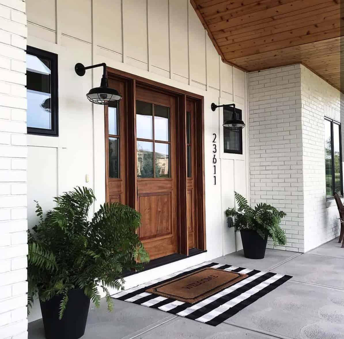 farmhouse-style-porch-decorating