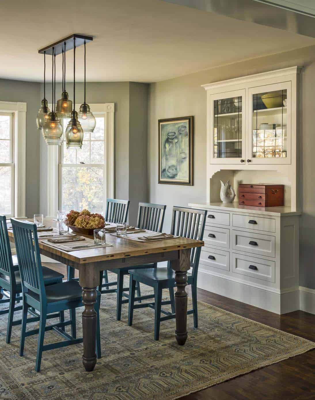 foursquare-farmhouse-dining-room