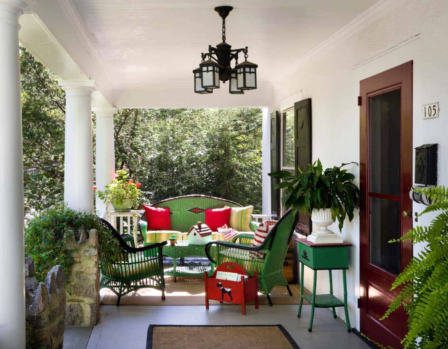 house-traditional-porch-new-york