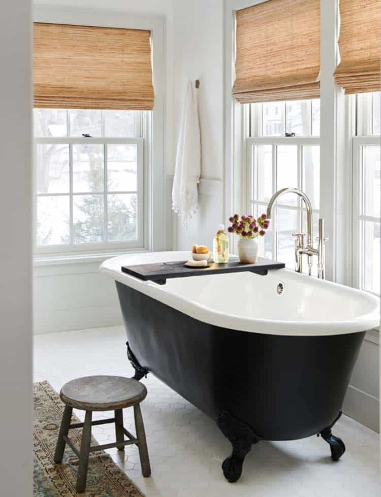 traditional-modern-bathroom