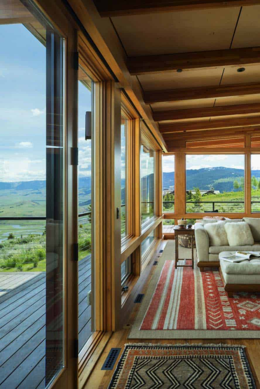southwestern-living-room-with-mountain-view