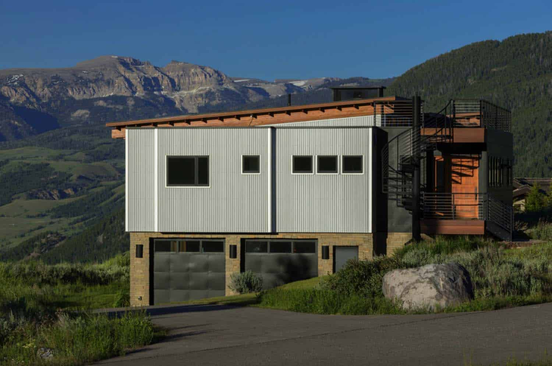 industrial-modern-hilltop-home-exterior