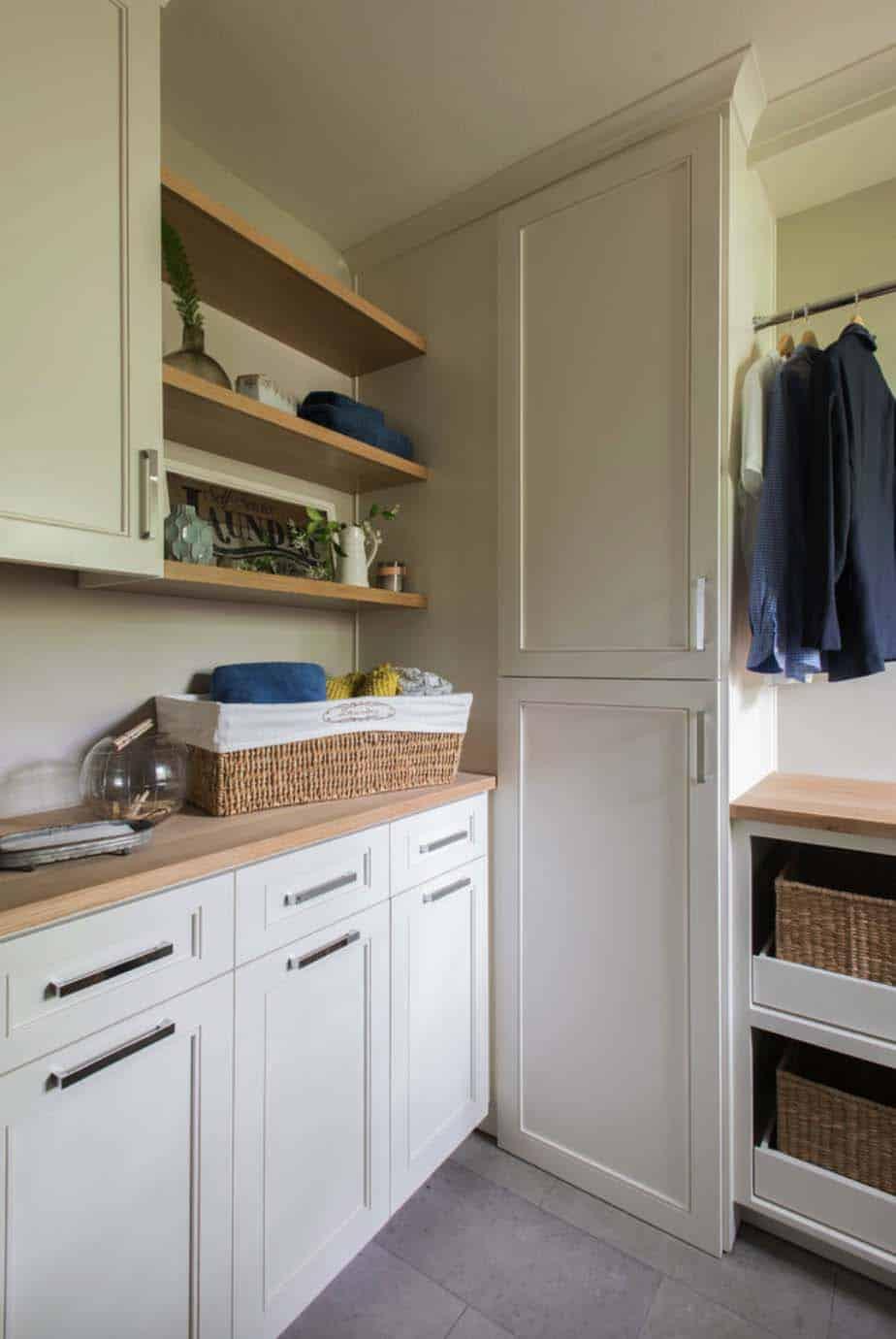 midcentury-remodel-laundry-room