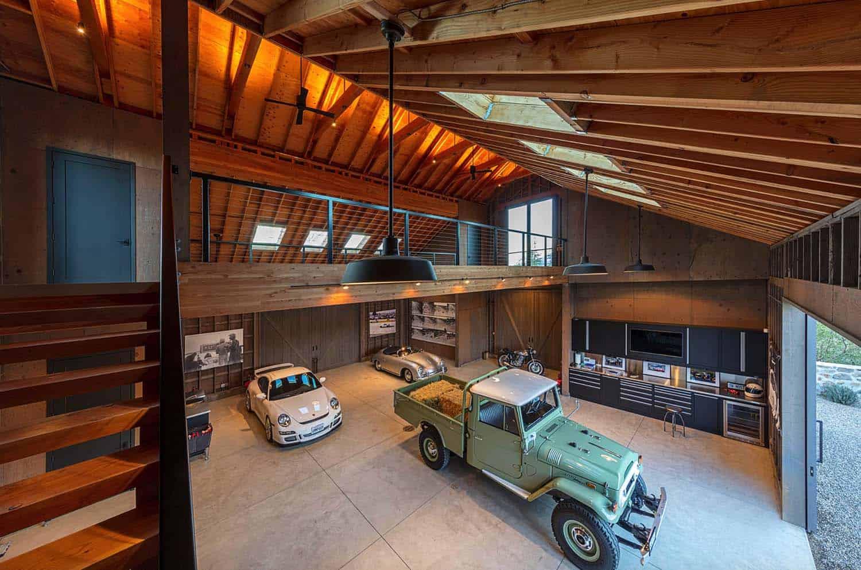 farmhouse-garage-california