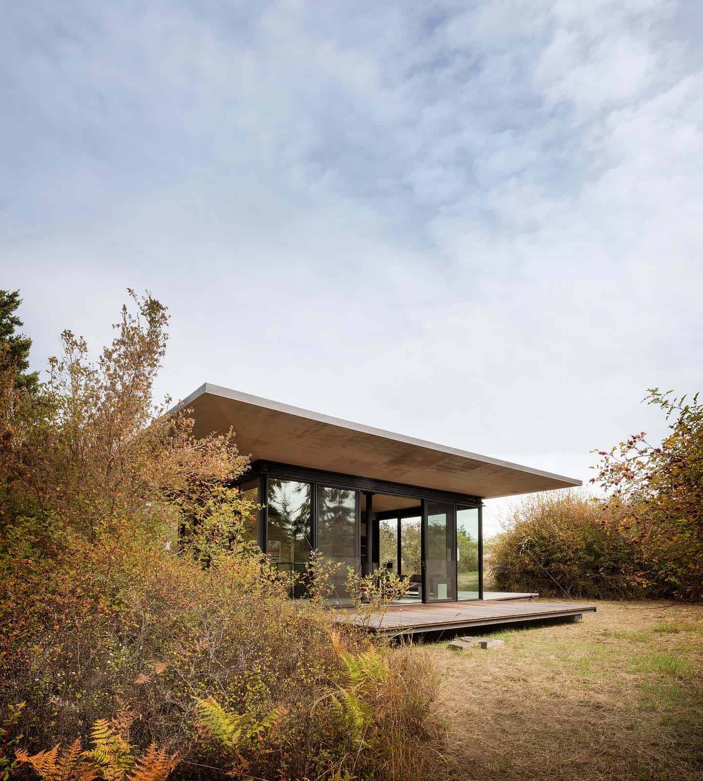 san-jaun-islands-modern-writers-retreat-exterior
