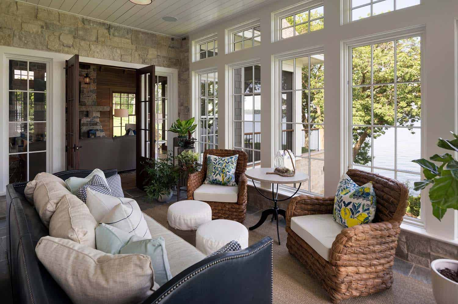 nautical-cottage-beach-style-sunroom