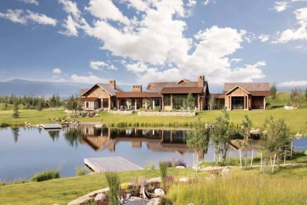 featured posts image for This ranch retreat overlooks a beautiful mountain landscape in Montana