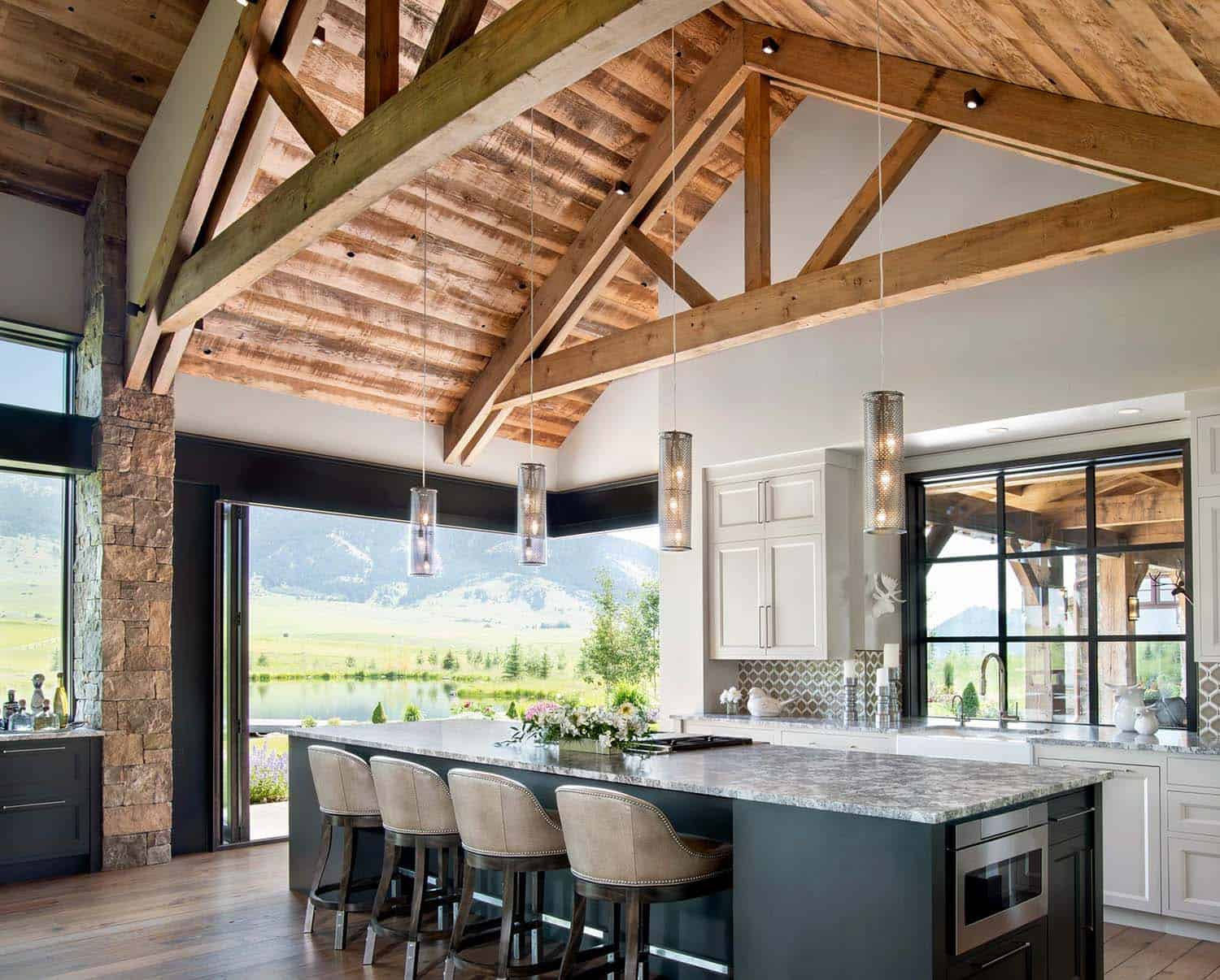 contemporary-ranch-kitchen