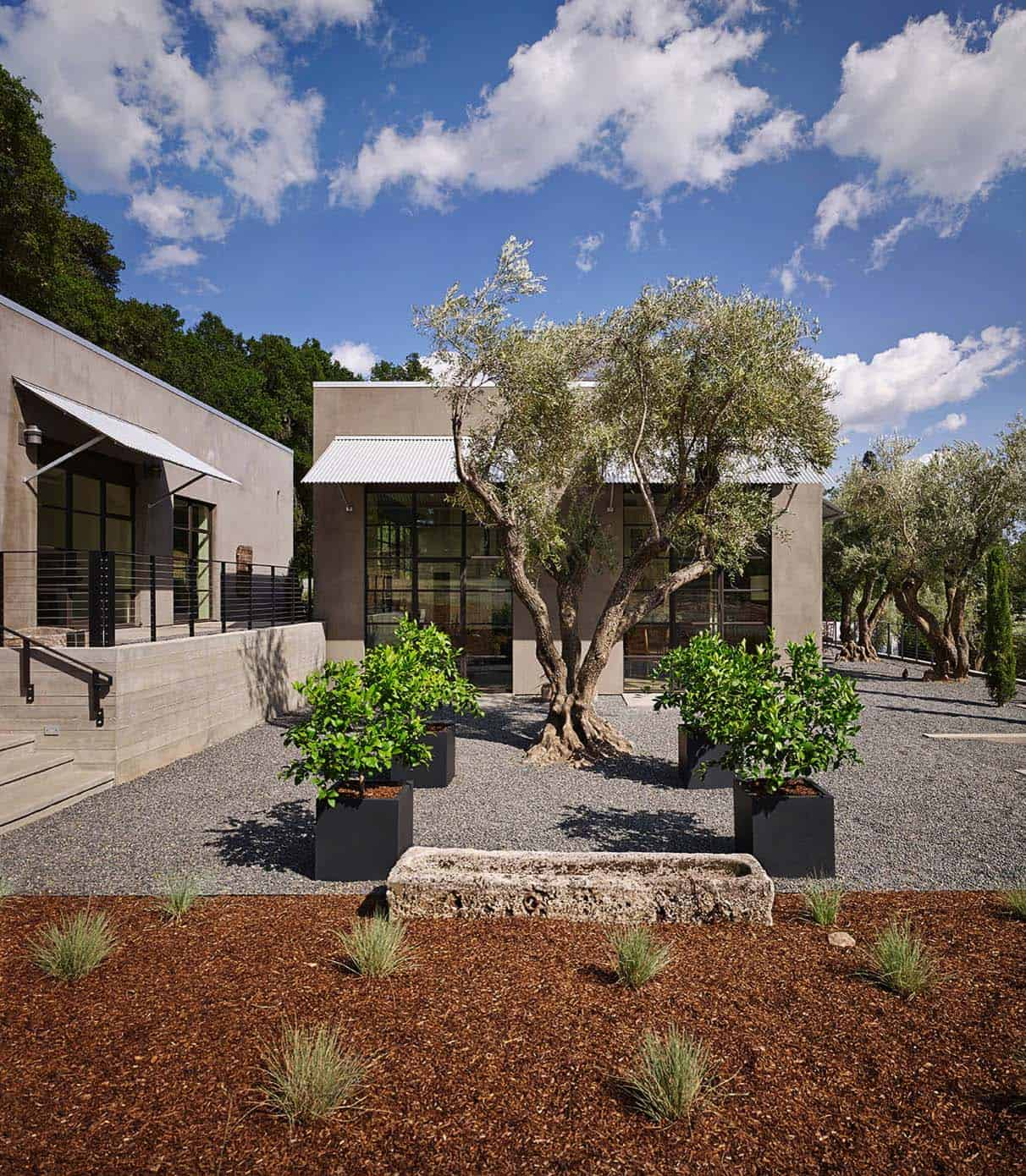 guesthouse-contemporary-exterior