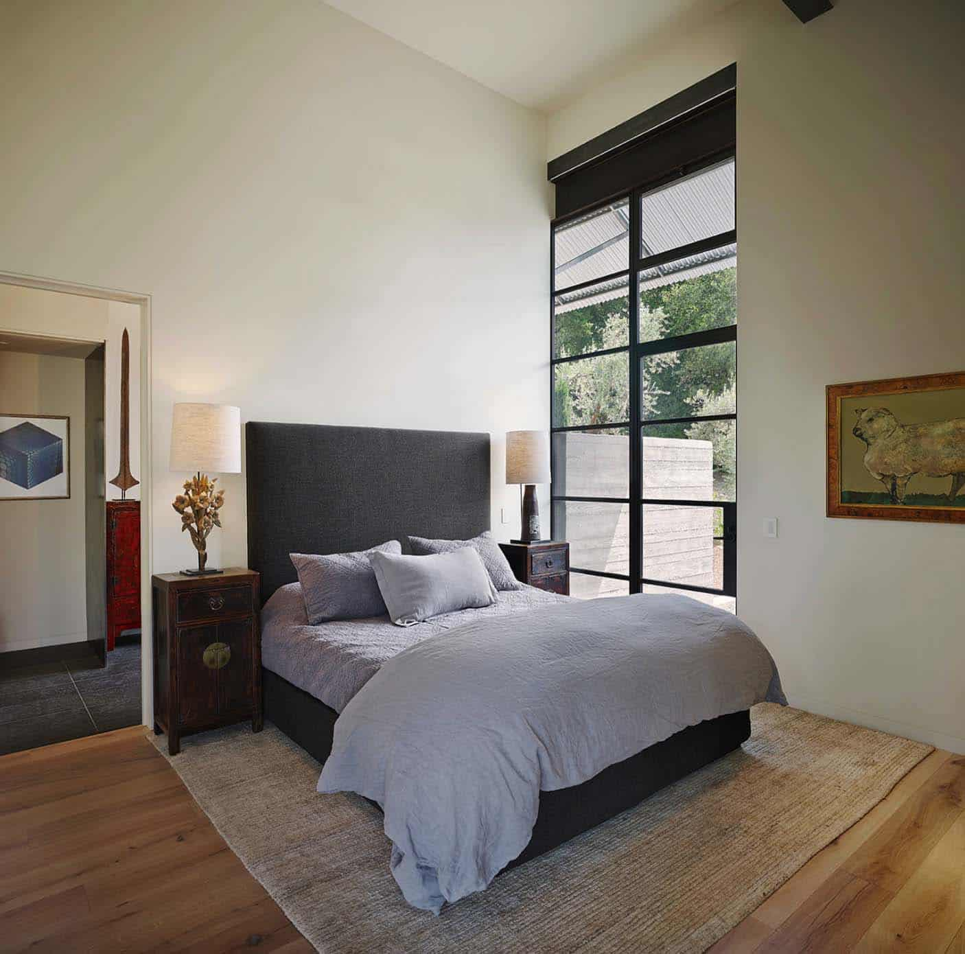 guesthouse-contemporary-bedroom