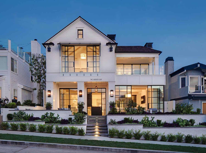 beach-style-home-exterior